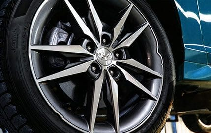 When cars hit a pothole or other physical road hazard, the impact causes deformation of the aluminum rim. Tire Butler uses a hydraulic press to return the rim to its original shape. If the front lip of the rim is deformed, then the customer may also elect to have rim re-painted or re-machined. Rim repairs typically take 3-5 business days, depending on severity of damage.